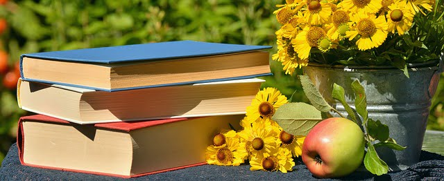 7 Tips to Help Your Child Love to Read