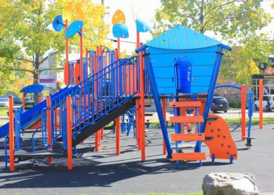 2000-days-Calgary-school-outdoor-space-for-childrens-play