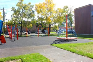 2000 days Daycare Calgary outdoor play space
