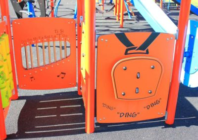 2000-days-Daycare-Calgary-school-outdoor-space-for-playing